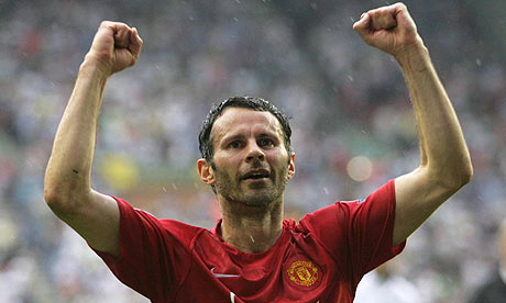 Premier Futsal sign Ryan Giggs, Ronaldinho and Hernan Crespo to play in India