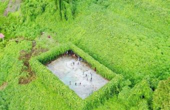 Breathtaking image of futsal court in remote Sabah, Malaysia goes viral
