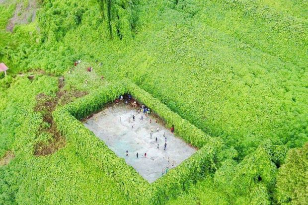 Breathtaking image of futsal court in remote Sabah Malaysia goes viral