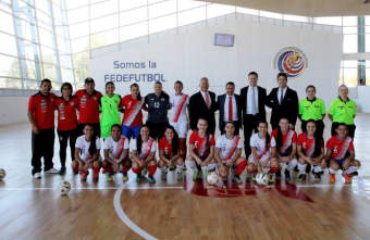 FIFA contribute to new Futsal facilities in Costa Rica