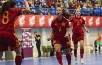 Physical performance of elite and sub-elite Spanish female futsal players