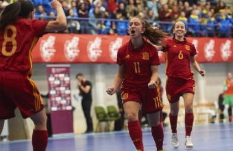 Physical performance of elite and sub-elite Spanish female futsal players