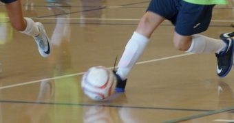 Injury risk of playing football in Futsal World Cups