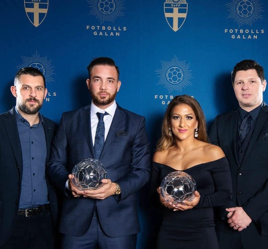 Swedish Futsal International Kristian Legiec receives awards from futsal and football gala