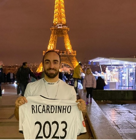 Ricardinho confirms his new club in France