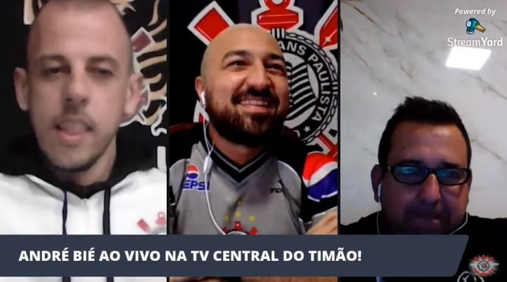 """""""Futsal is an investment"""" Corinthians coach André Bié"""