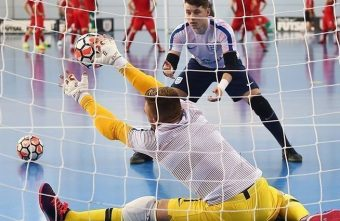 Petition to change FIFA rule regarding futsal goalkeepers protective equipment
