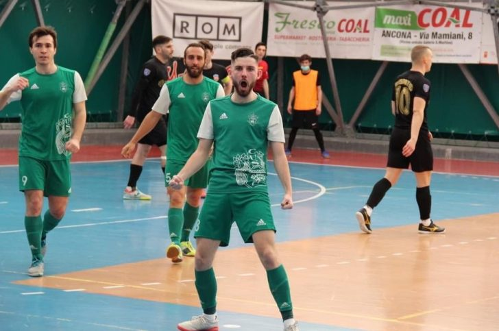 C.U.S Ancona Serie B champions and Liam Palfreeman makes history for British futsal in Italy